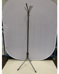 Metalen staande kapstok chromen  hoogte 195 cm