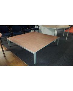 Salon tafel 160*160 cm hoogte 41 cm